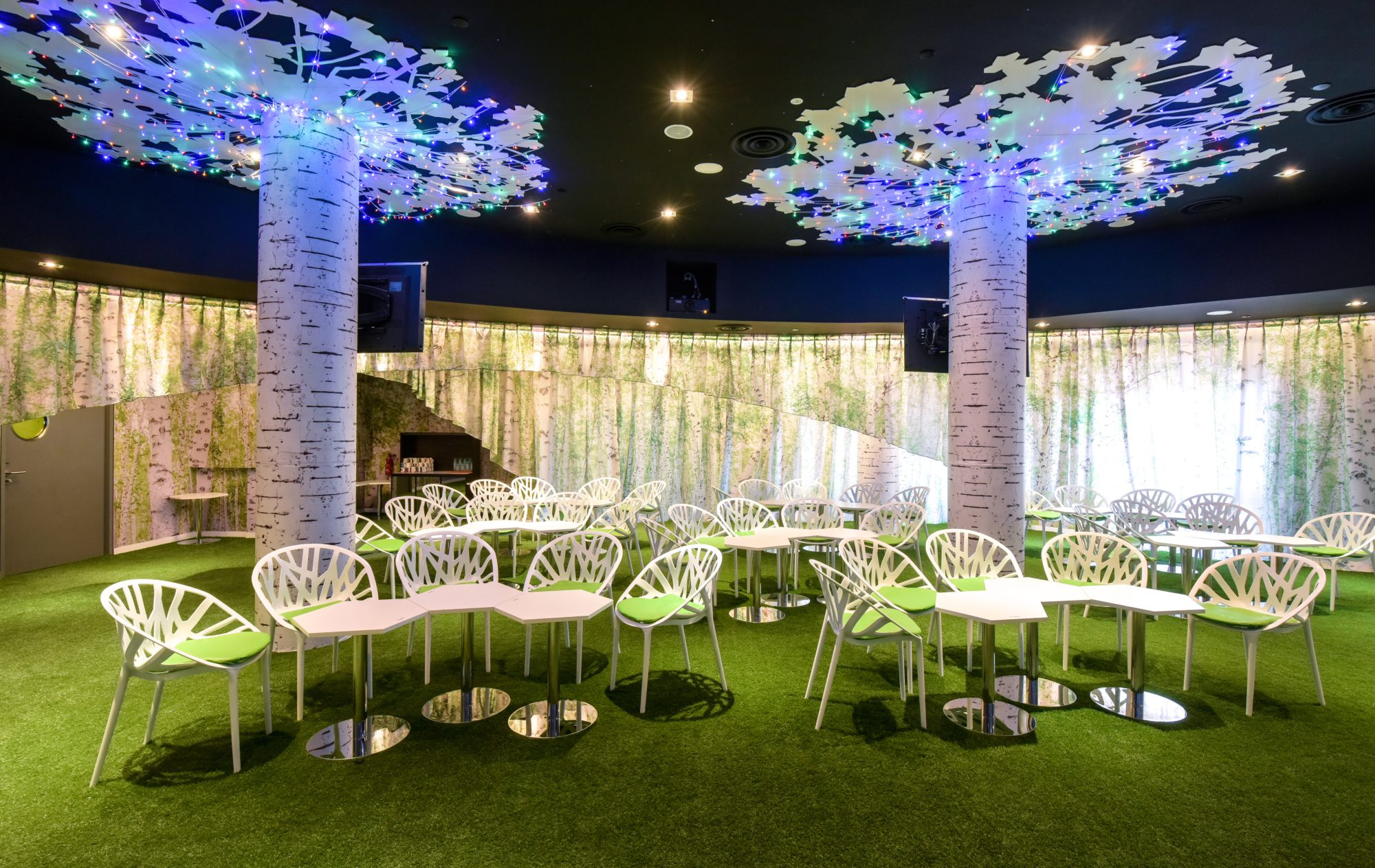 huone-singapore-business-events-forest