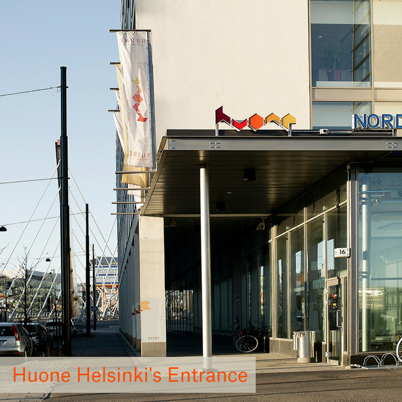 Huone-jatkasaari-Entrance