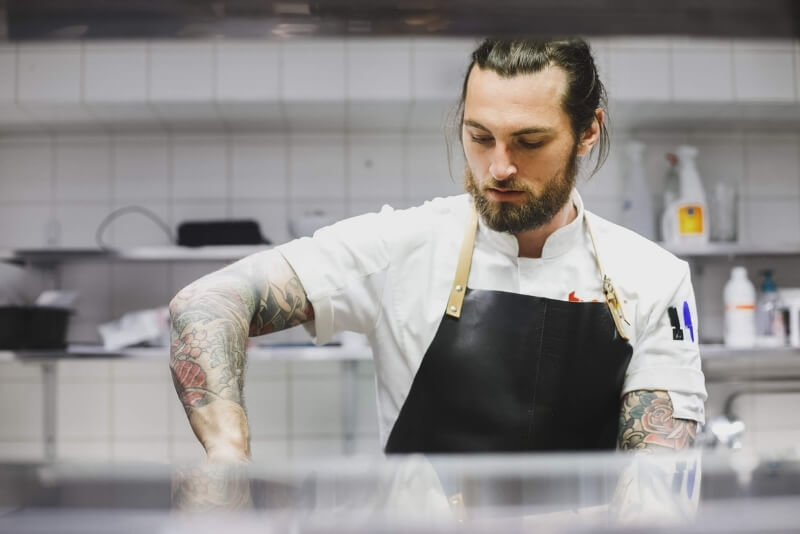 Colin HUONE Kamppi chef shares Perfect flatbread and fresh tzatziki recipe