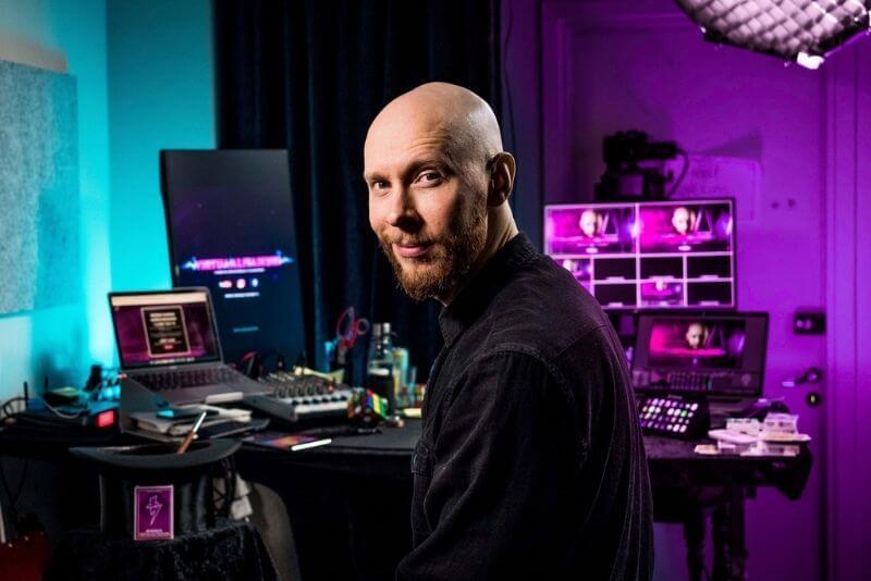 Joni Pakanen virtuaalitaikuri studio